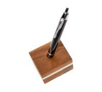 drewniany stojak na długopis